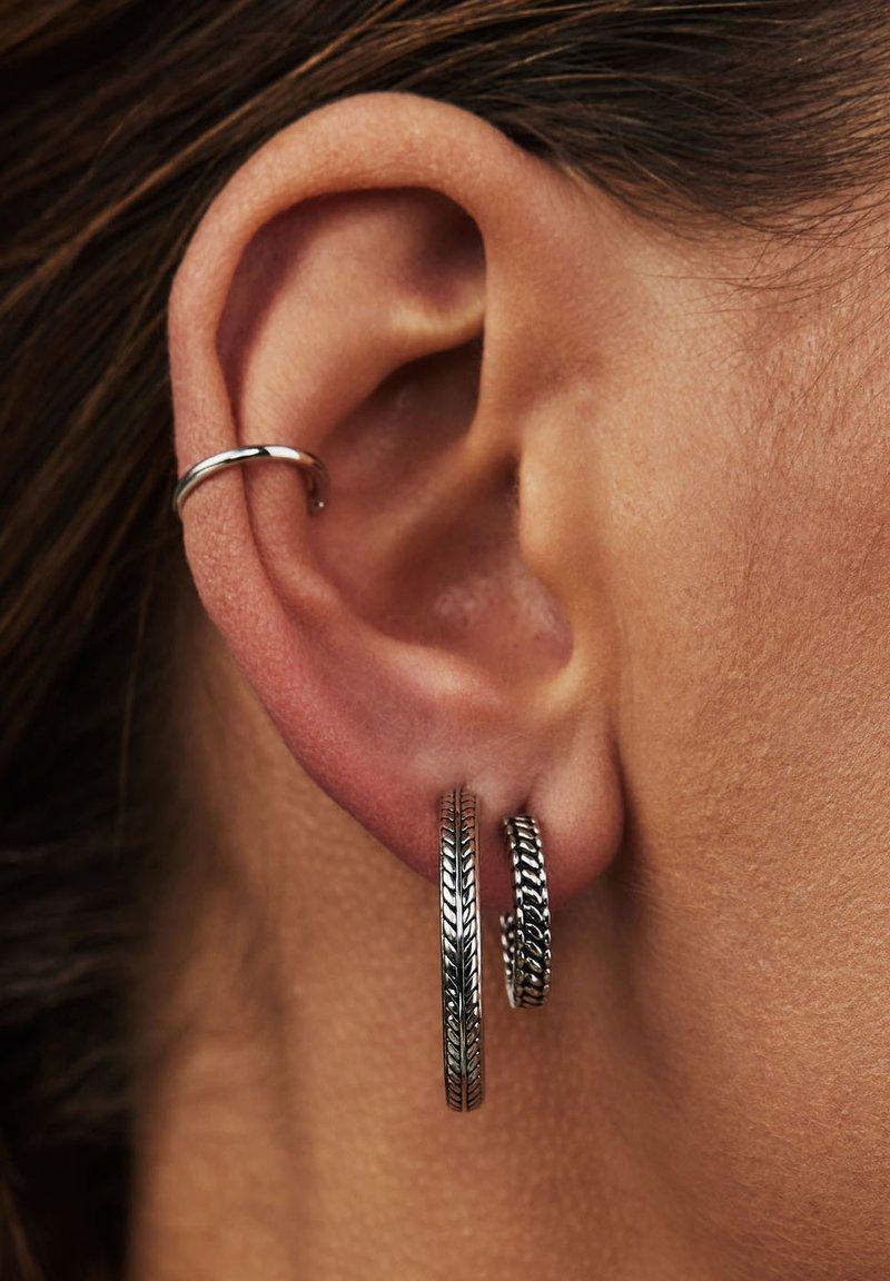 Selected Jewels - Earrings - schwarz