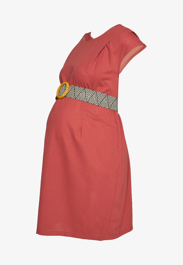 DELLEN DRESS - Trikoomekko - terracotta