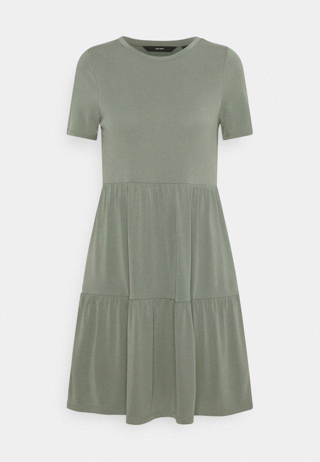 VMFILLI CALIA DRESS - Jersey dress - laurel wreath