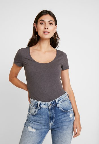 3 PACK - T-shirts - white/black/dark grey