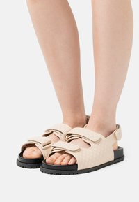 Nly by Nelly - QUILTED - Sandals - beige - 0