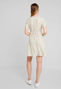 ONLY - ONLJOLIE SHORT DRESS - Day dress - cloud dancer - 3
