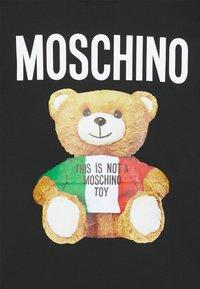 MOSCHINO - Print T-shirt - fantasy black - 8