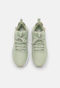 Puma - PURE XT FM X PAMELA REIF - Sports shoes - desert sage/white - 3