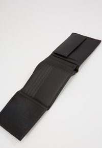 Calvin Klein - BOMBE COIN - Wallet - black - 5