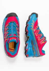 La Sportiva - ULTRA RAPTOR WOMAN GTX - Trail running shoes - neptune/orchid - 1