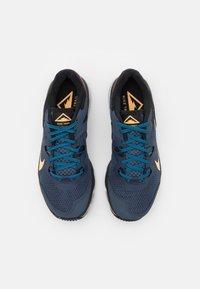 Nike Performance - JUNIPER - Běžecké boty do terénu - thunder blue/melon tint/dark pony/black/grey fog/light photo blue - 3