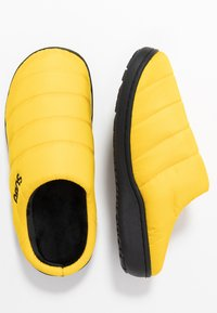 SUBU - SUBU SLIP ON - Klapki - yellow - 1