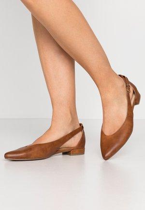 Ankle strap ballet pumps - cognac