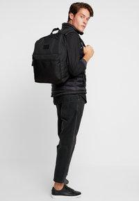 Pier One - Plecak - black - 1