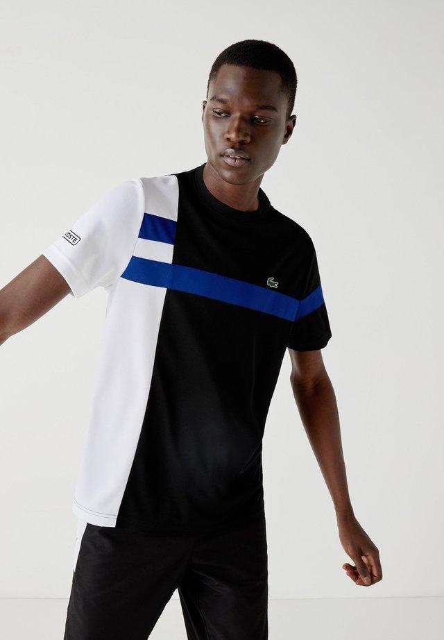 TH2070 - T-shirt imprimé - noir / blanc / bleu / noir