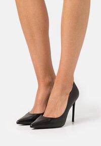 Steve Madden - VALA - Classic heels - black - 0