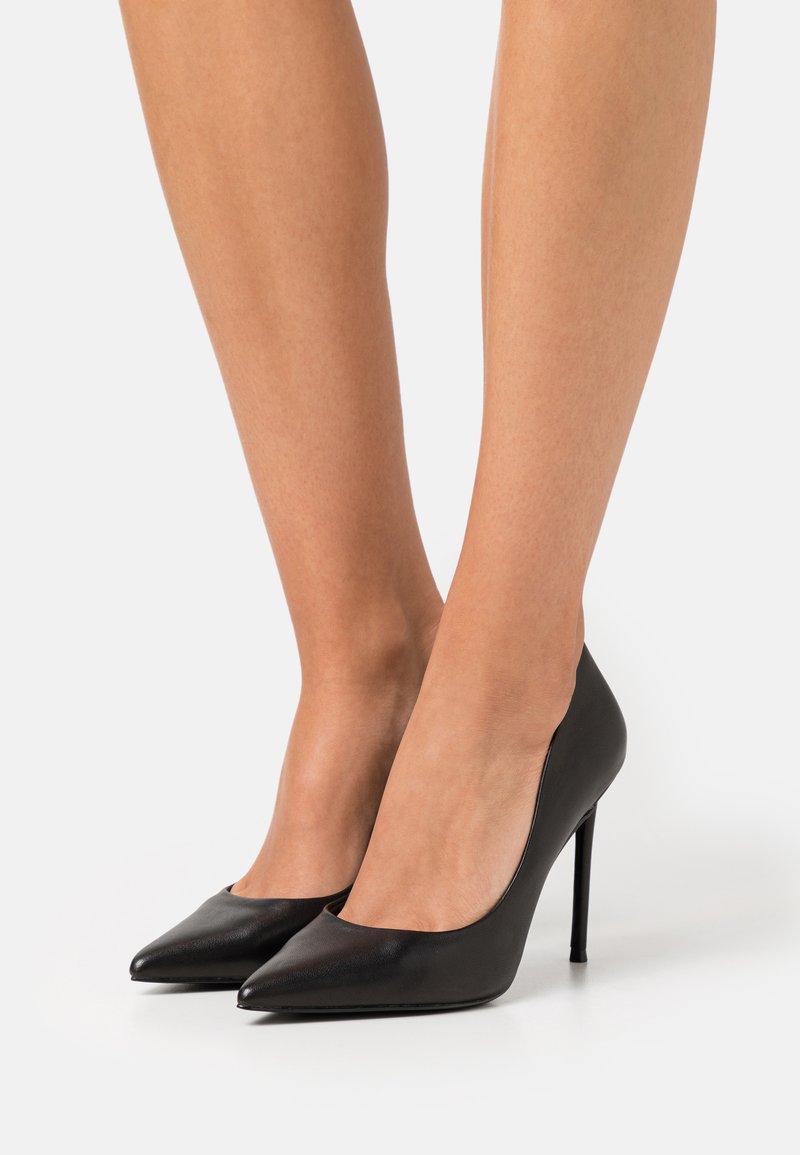 Steve Madden - VALA - Classic heels - black