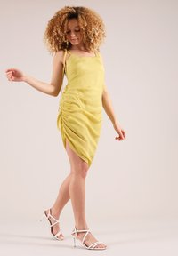 blonde gone rogue - GATHERED - Cocktail dress / Party dress - yellow - 1
