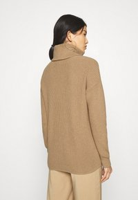 GAP - CABLE  - Neule - classic camel - 2
