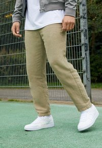 K-SWISS - NORTH COURT - Sneakers - white - 4