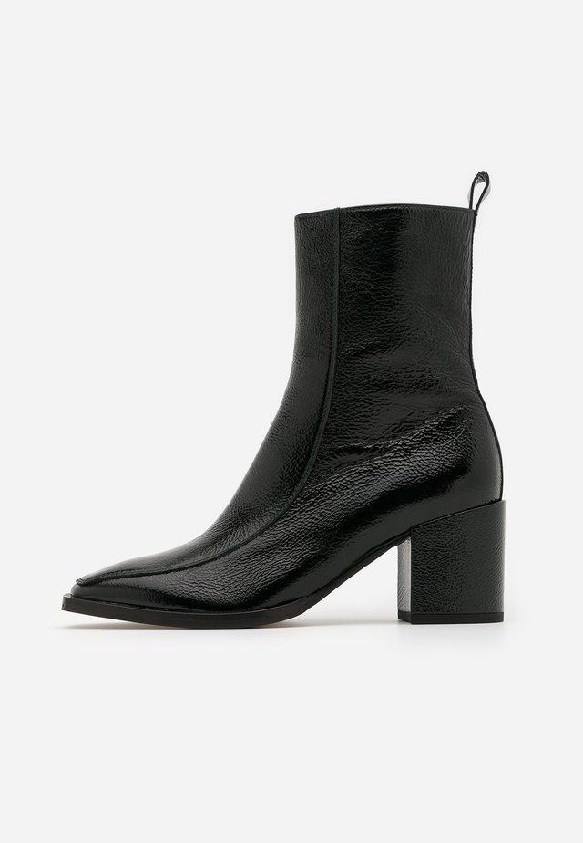 ERIN - Classic ankle boots - bottiglia
