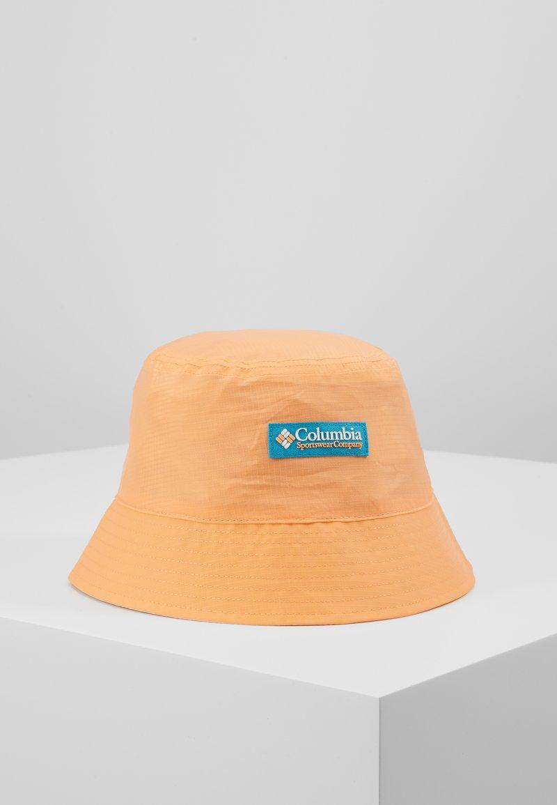 Columbia - ROATAN DRIFTER™ II REVERSIBLE BUCKET HAT - Lue - bright nectar/white
