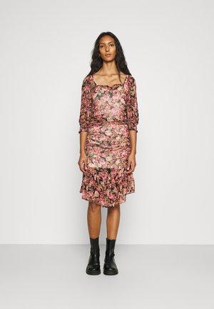 GEORGETTE GATHERS DRESS - Day dress - light pink