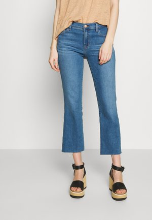 SELENA MID RISE CROP - Flared jeans - cerulean