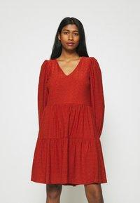 ONLY - ONLFRIDA V NECK DRESS  - Jersey dress - arabian spice - 0