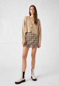 PULL&BEAR - Cardigan - brown - 1