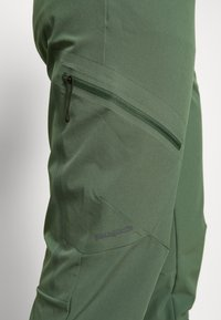 Patagonia - CHAMBEAU ROCK PANTS - Pantalon classique - camp green - 3