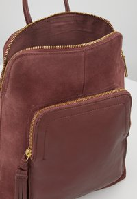 mint&berry - LEATHER - Rucksack - dusty rose - 4
