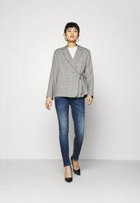 Herrlicher - PITCH - Slim fit jeans - blue desire - 1