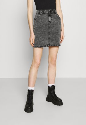 NMTONI LOOP SKIRT - Mini skirt - black denim