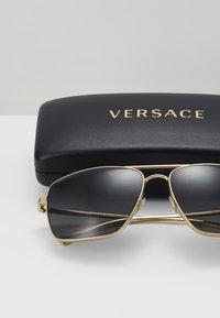 Versace - Zonnebril - gold-coloured - 2
