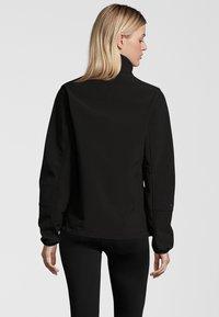 Whistler - MIT WASSERDICHTER ZWISCHENMEMBRAN - Soft shell jacket - black - 2
