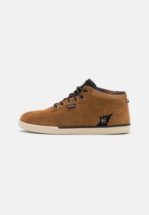JEFFERSON MID - Skate shoes - brown/black/tan