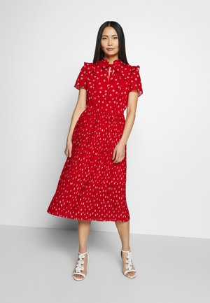 KLEID KURZ - Day dress - flame red