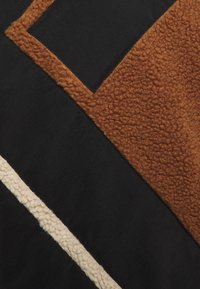 Karl Kani - TEDDY BLOCK CREW - Sweatshirt - brown - 2