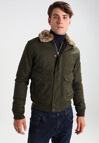 Schott - AIR - Winter jacket - olive - 0