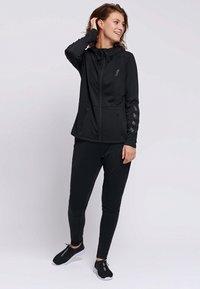 Hummel - SELBY  - Zip-up hoodie - black - 1