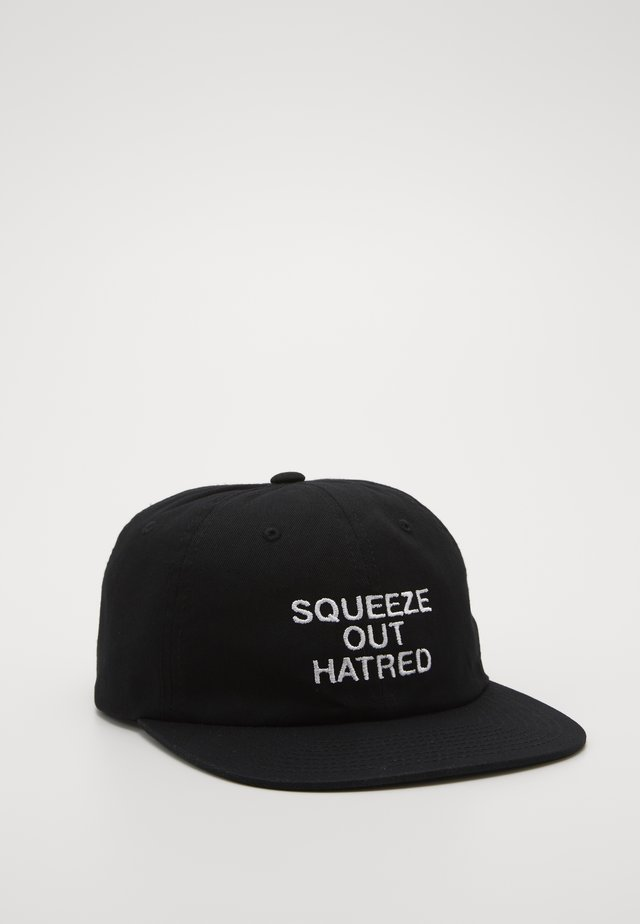 HATRED 6 PANEL STRAPBACK - Pet - black