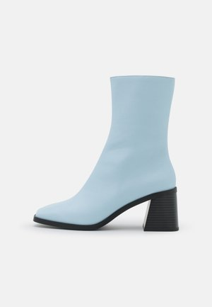 ROONEY BOOT VEGAN - Classic ankle boots - blue light
