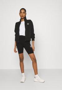 Puma - CLASSICS TIGHTS - Shorts - black - 1