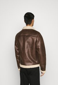 Only & Sons - ONSBEN AVIATOR - Faux leather jacket - chicory coffee - 2
