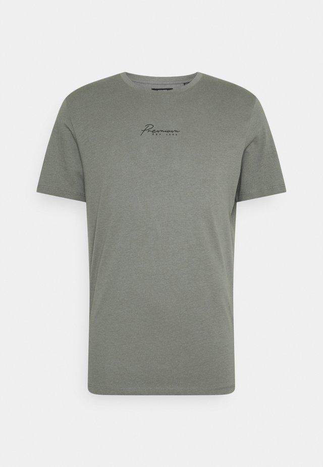 JPRBLASTAR TEE CREW NECK - T-shirt print - sedona sage