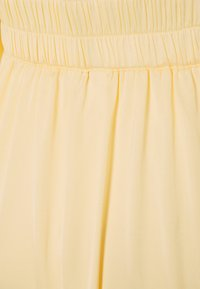 YAS - YASLUMEN WRAP 3/4 - Vestito lungo - transparent yellow - 2