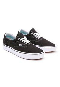 Vans - UA COMFYCUSH ERA - Sneakers - black - 3