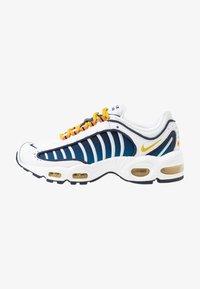 Nike Sportswear - AIR MAX TAILWIND - Zapatillas - white/saffron quartz/magma orange/obsidian/cerulean - 1