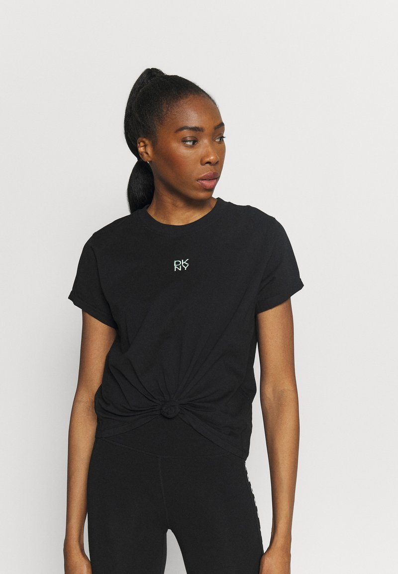 DKNY - STACKED REPEAT LOGO BOXY KNOT TEE - Print T-shirt - black