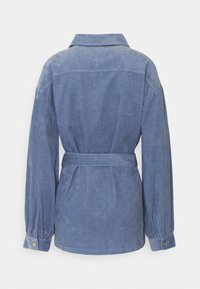 Missguided - BELTED BUTTON UP JACKET  - Short coat - blue - 1