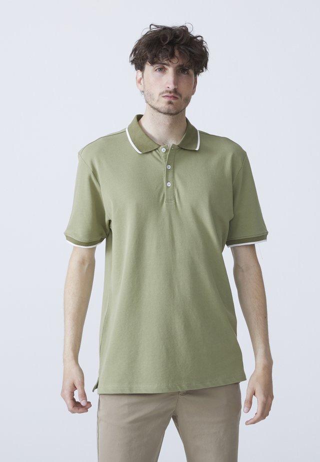 STEFAN - Poloshirt - light green