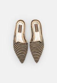 Patrizia Pepe - Pantofle - beige/black - 4
