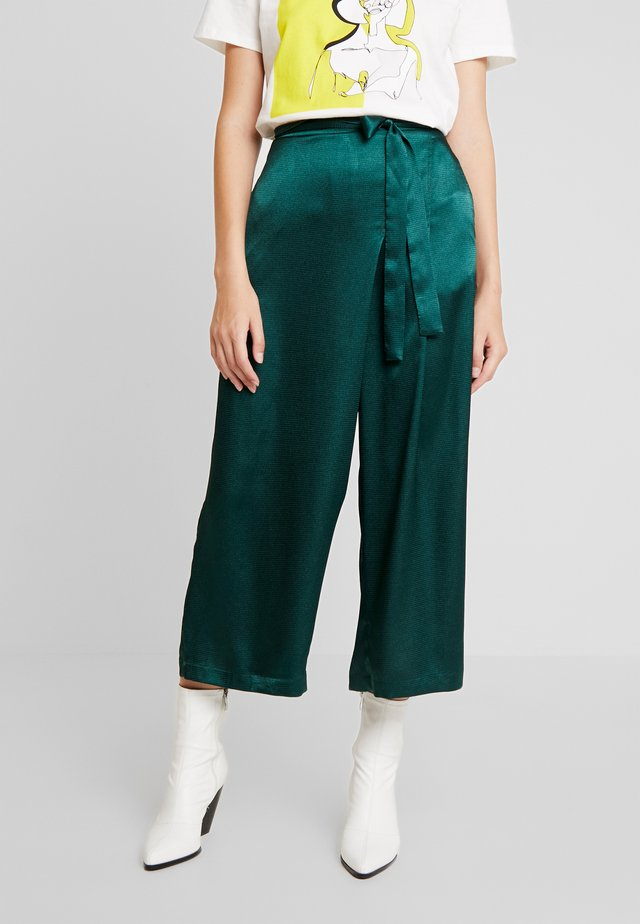 LORA CULOTTE PANTS - Pantalones - sea green